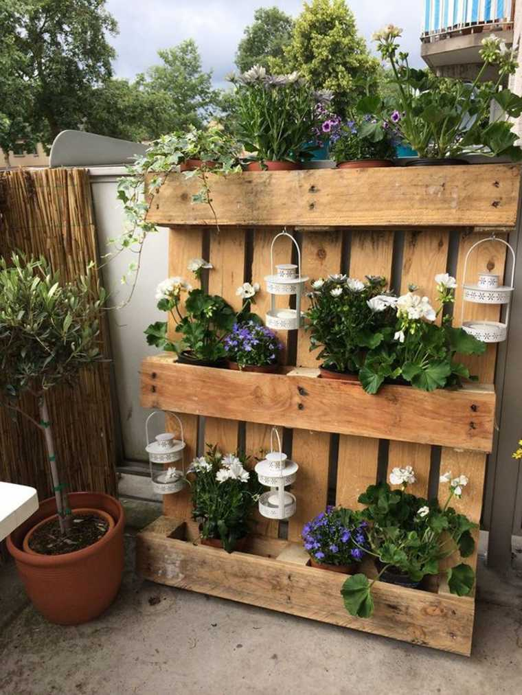 Pallet wooden planter ideas6