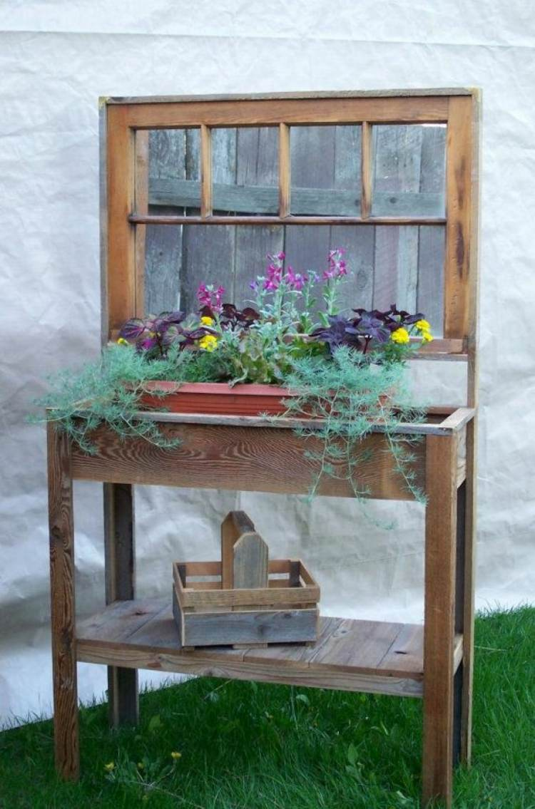 Cheap garden decoration in 28 objects of style shabby chic for Style shabby chic decoration