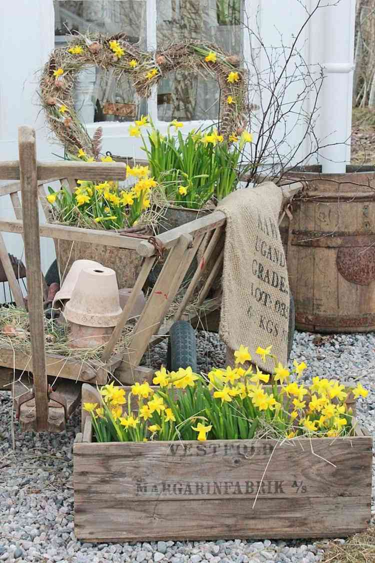 cheap garden decoration in 28 objects of style shabby chic