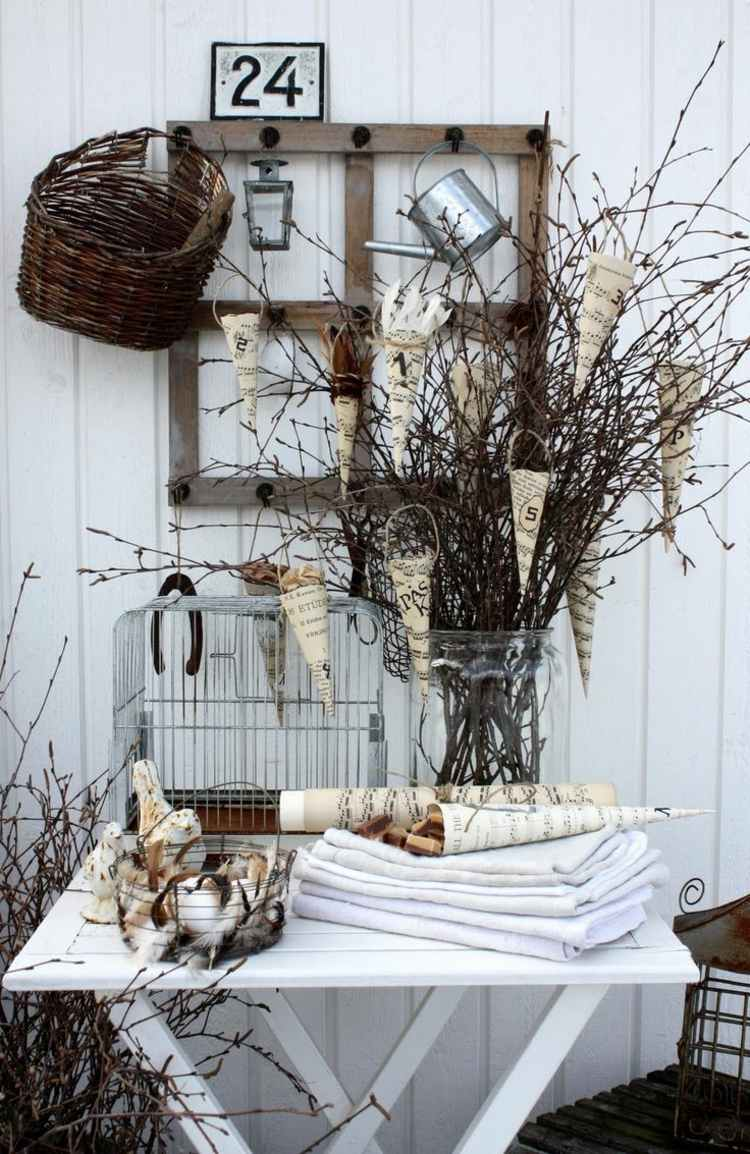 Cheap garden decoration in 28 objects of style Shabby Chic ... on Chic Patio Ideas id=87347