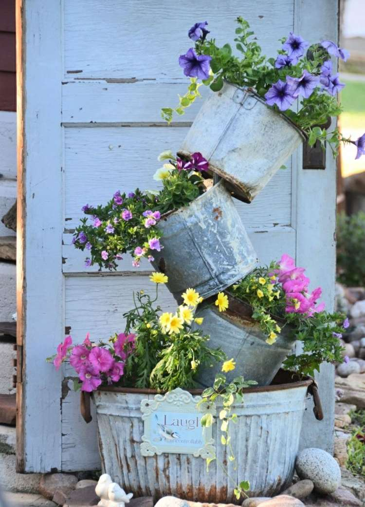 Cheap garden decoration in 28 objects of style Shabby Chic or rustic ...