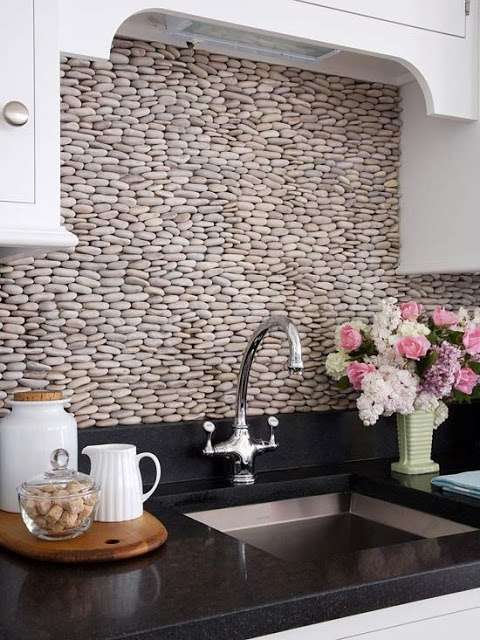 decorate your house with river stones5