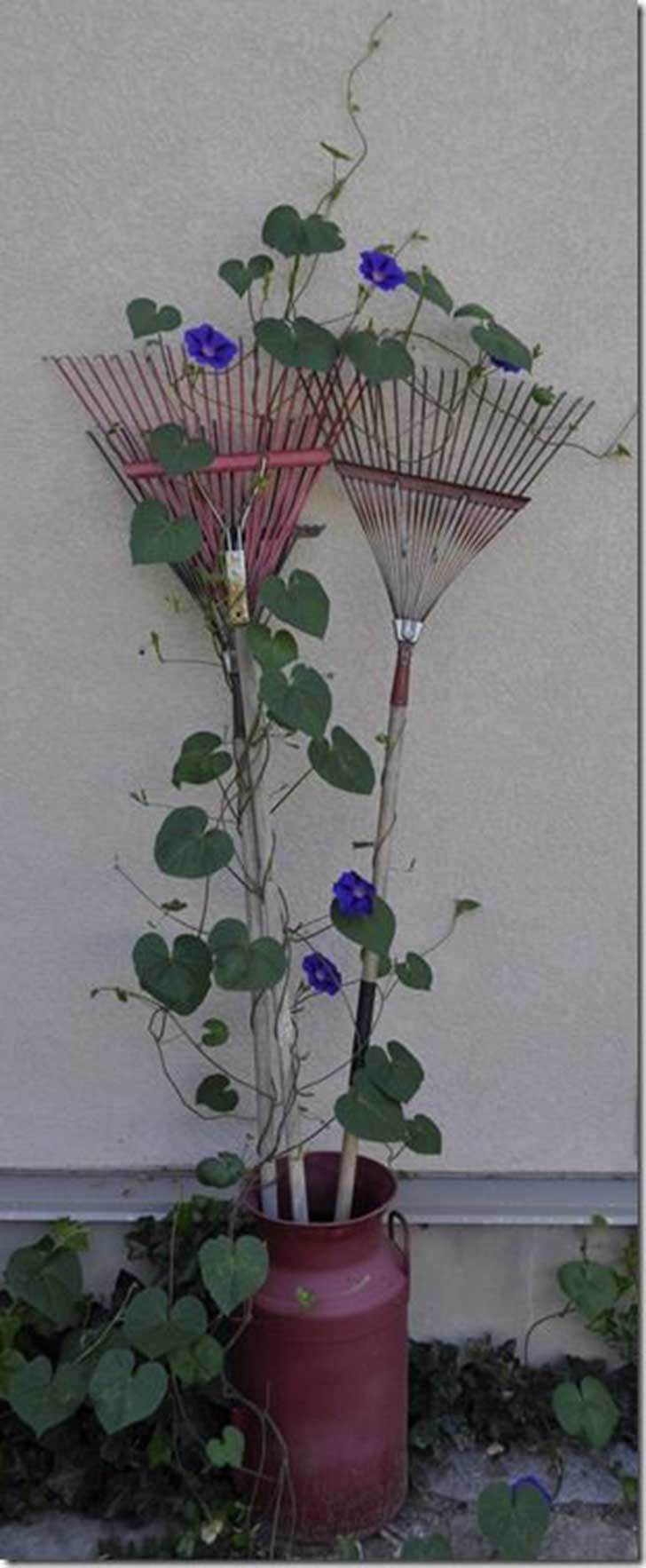 decoration ideas from an old rake10