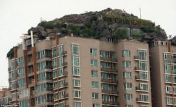 Mountain villa on the roof of an apartment building7