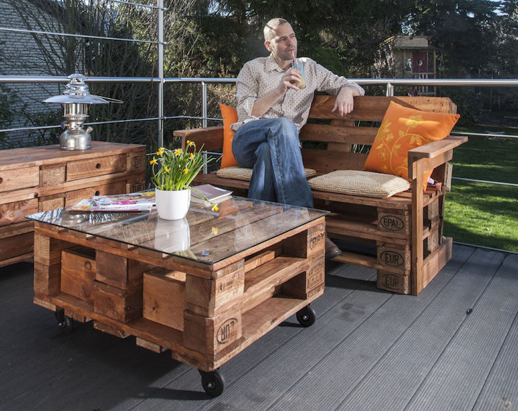 Pallet garden furniture15
