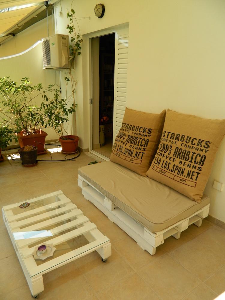 Pallet garden furniture19