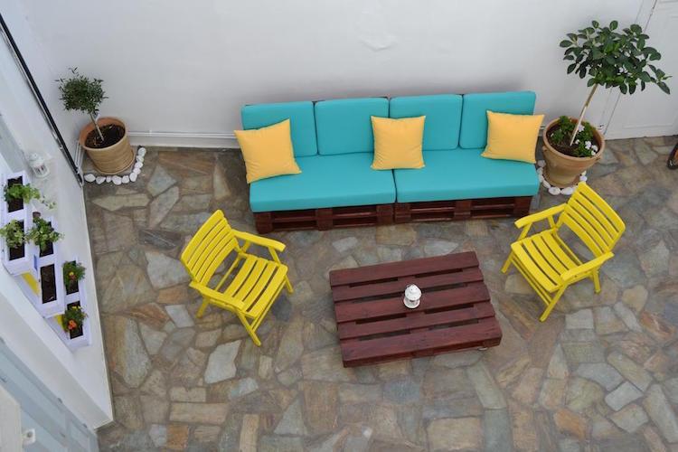 Pallet garden furniture5
