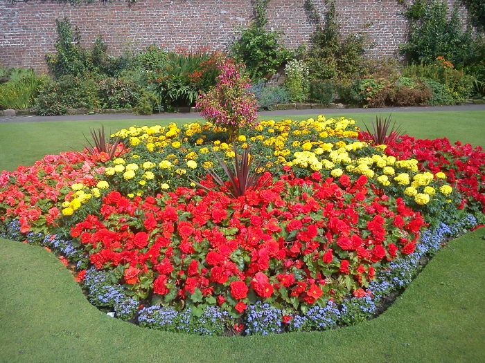 flower beds ideas7