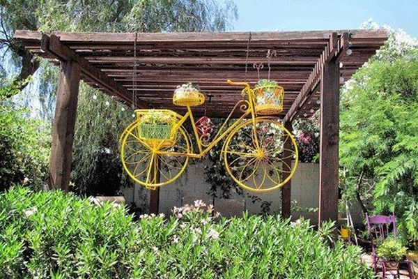 garden decorations from old bicycles11