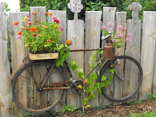 garden decorations from old bicycles12
