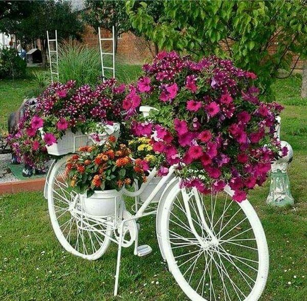 garden decorations from old bicycles13