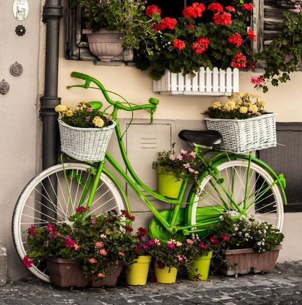garden decorations from old bicycles3