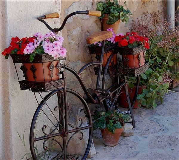 garden decorations from old bicycles6
