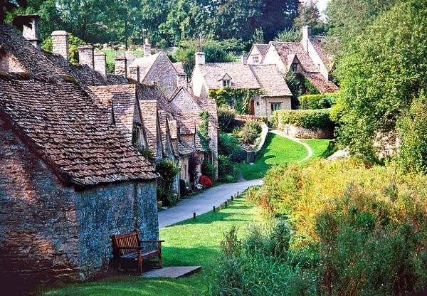 Bibury Incredible beauty in the English province3