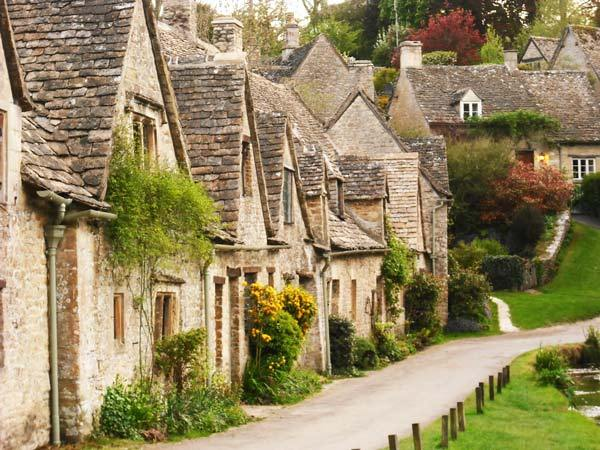 Bibury Incredible beauty in the English province4