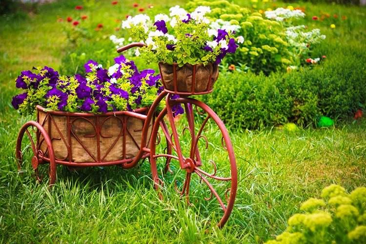 DIY Ideas to Create a Floral Paradise17