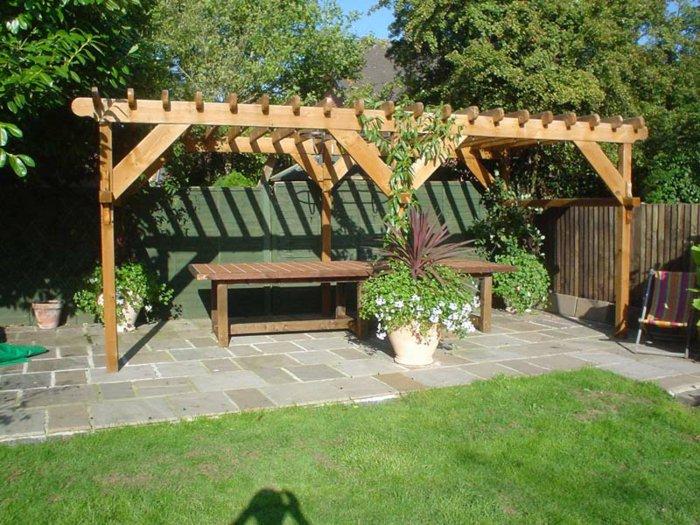 Garden with pergola24