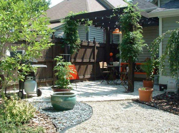 Garden with pergola44
