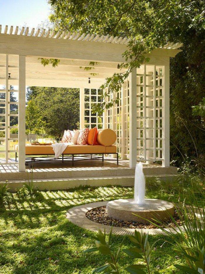 Garden with pergola48
