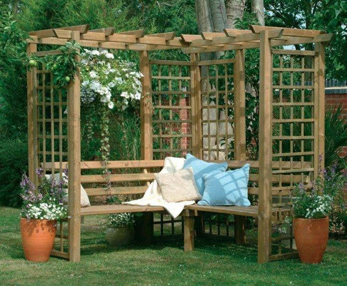 Garden with pergola49