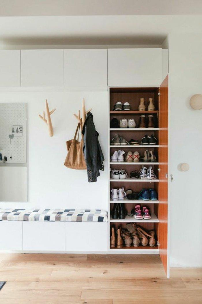 Home entry hall ideas75