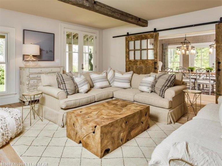 Rustic lounge ideas70
