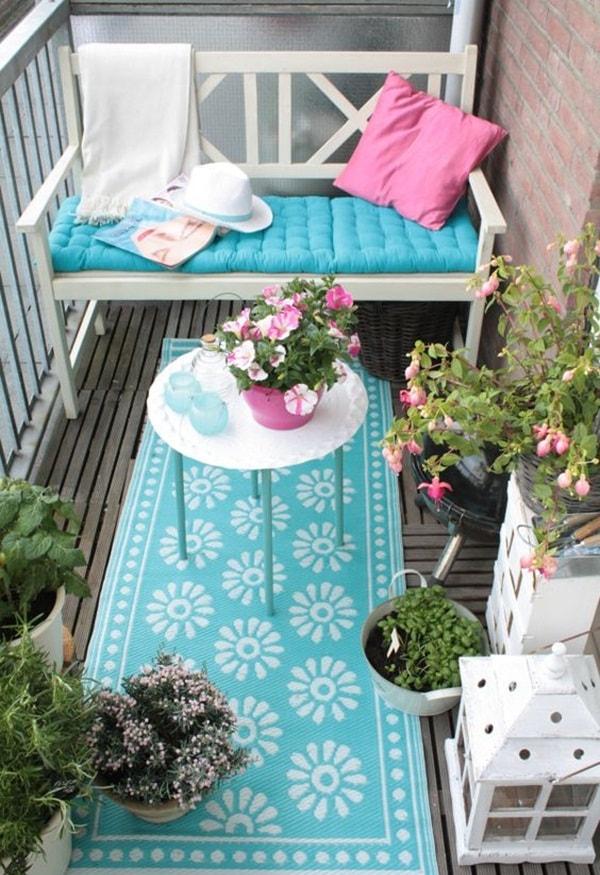 decorating small balconies6