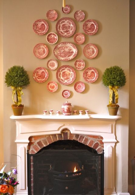 decorating walls with dishes17