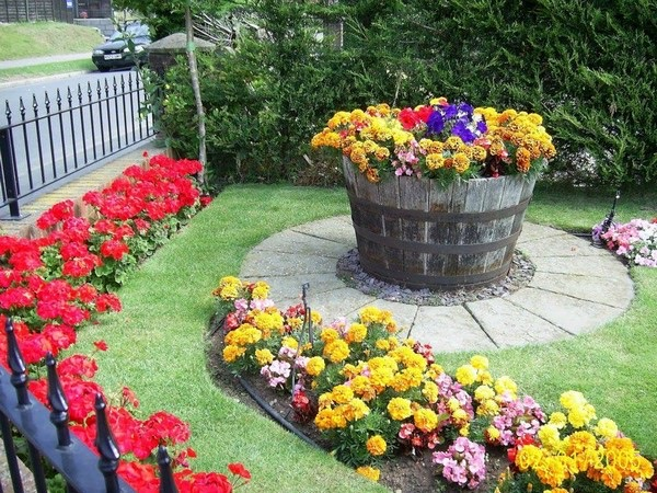 flower beds ideas (9)