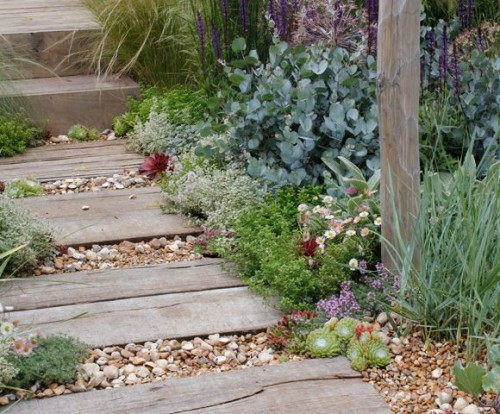 garden paths with wood14