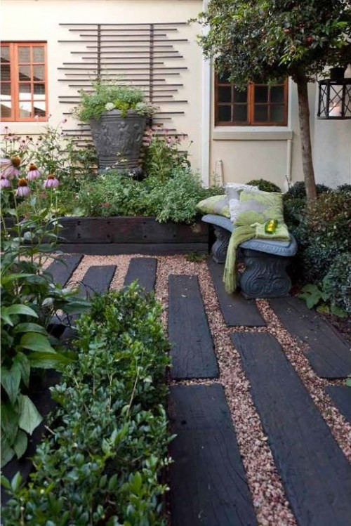 garden paths with wood20