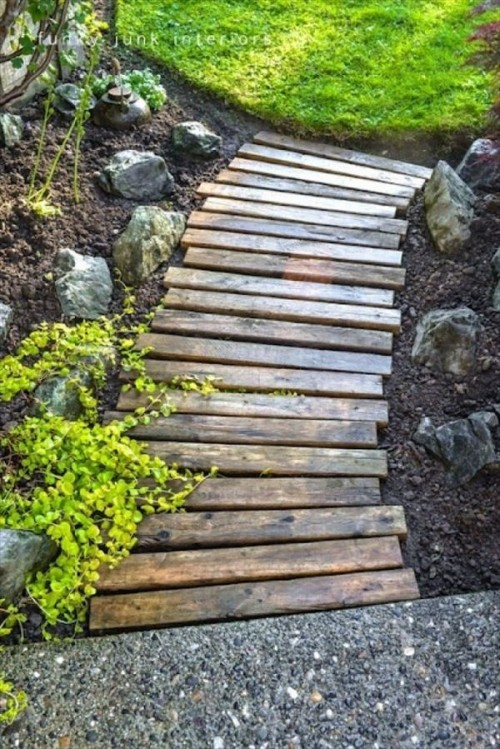 garden paths with wood3