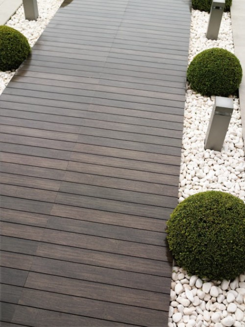 garden paths with wood5