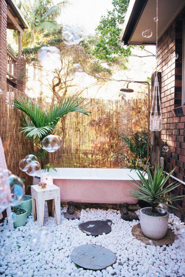 outdoor showers17