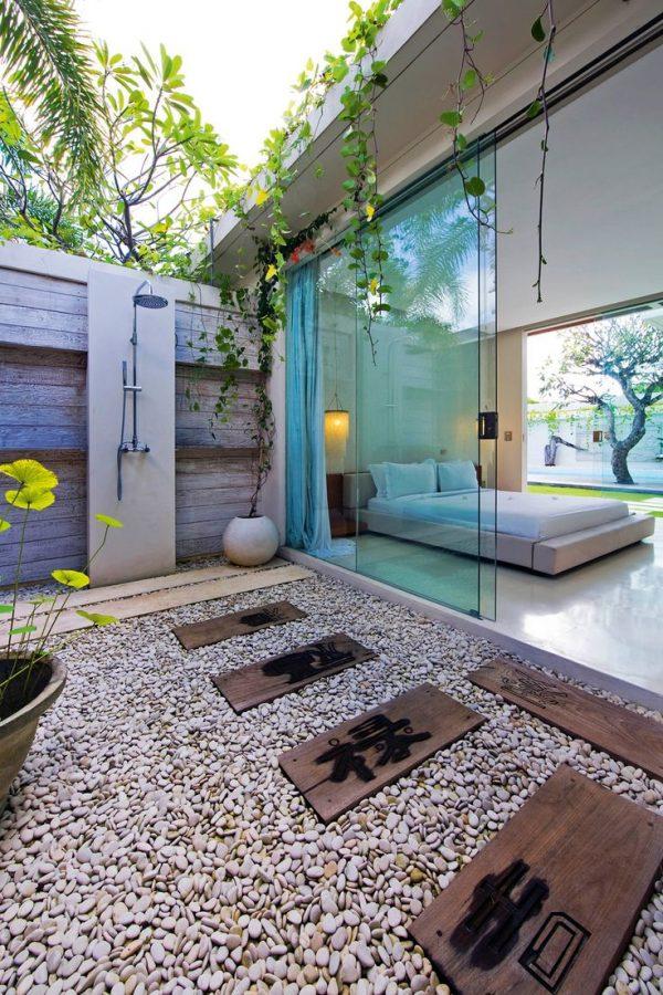 outdoor showers2