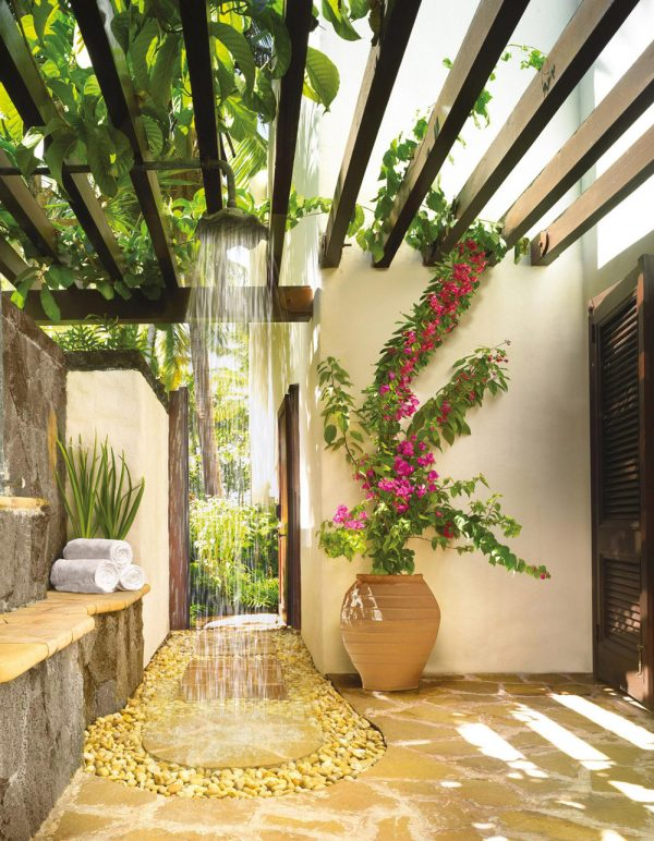 outdoor showers9