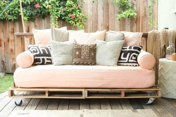 pallet furniture ideas (8)