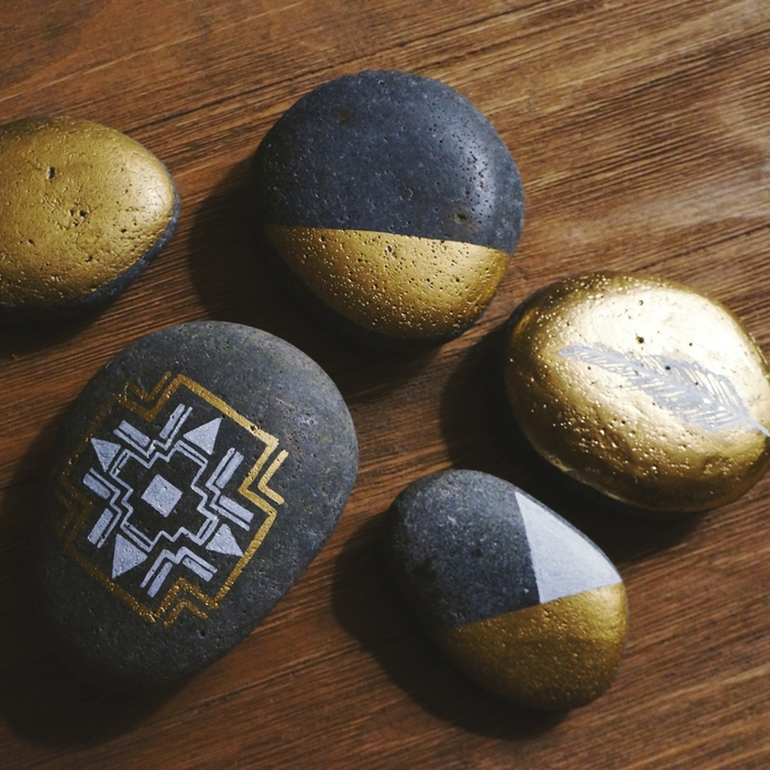 pebble painting ideas11