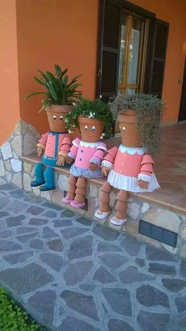 Decorations made of ceramic pots16