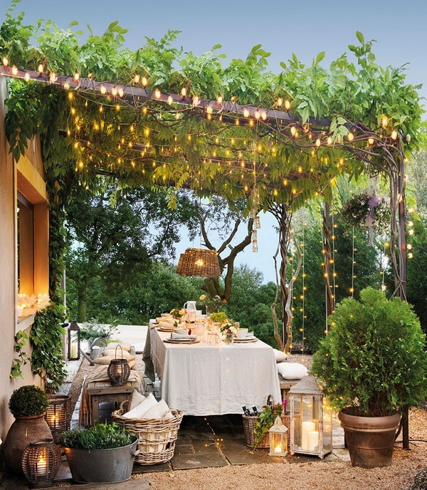 Ideas for decorating outdoor tables9