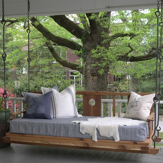 20 Cool ideas with hanging beds for
