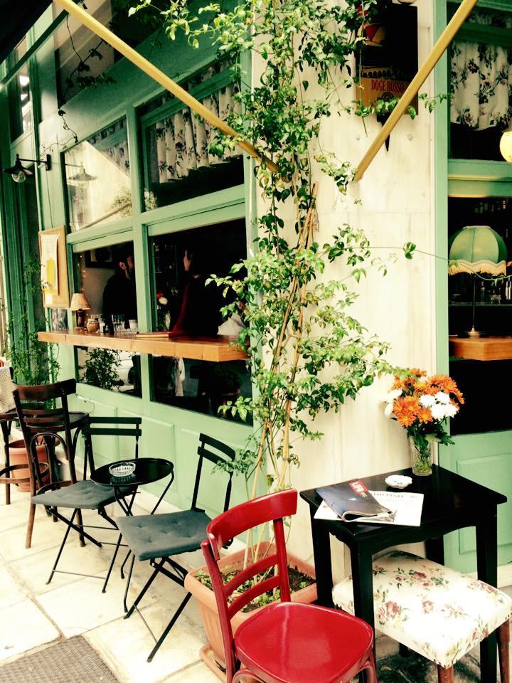 a vintage dolly tiny cafe4