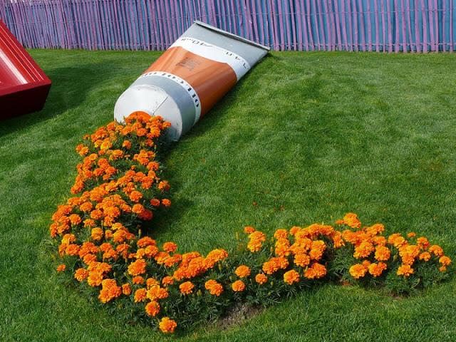 artistic garden deco1