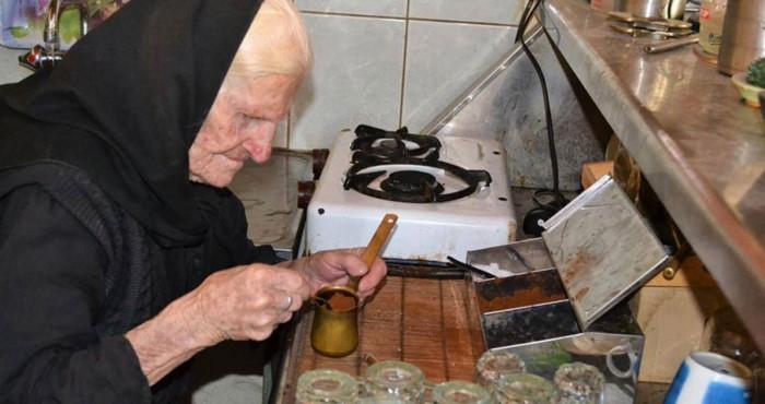 Nostalgic life in the Greek village14