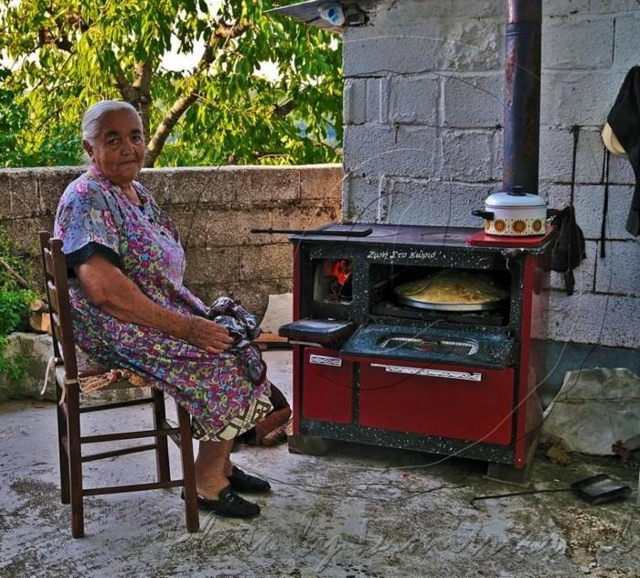 Nostalgic life in the Greek village21