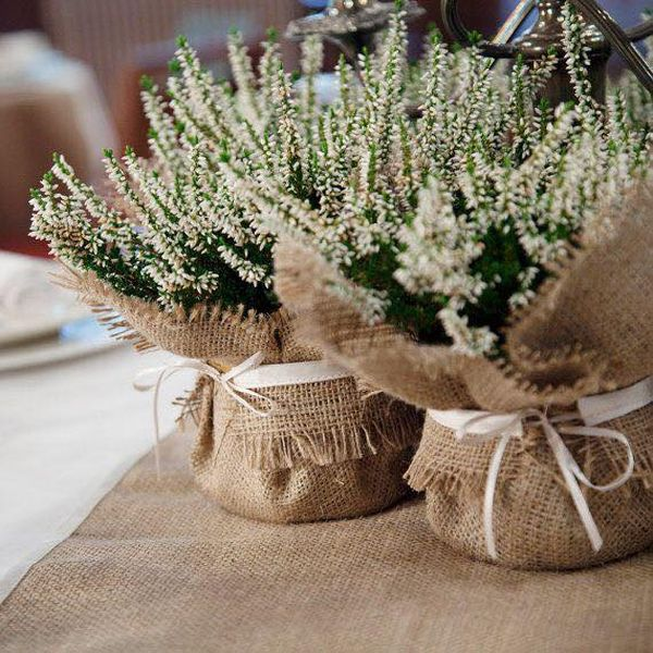 decorating ideas with burlap and lace (14)