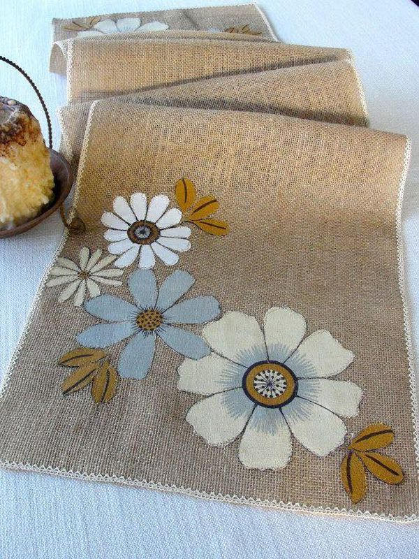 decorating ideas with burlap and lace (27)