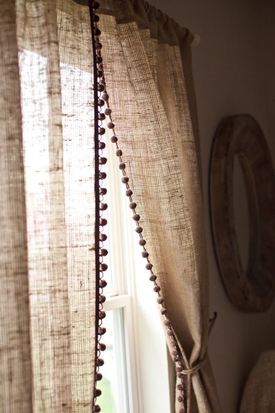 decorating ideas with burlap and lace (32)