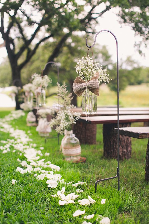 decorating ideas with burlap and lace (33)