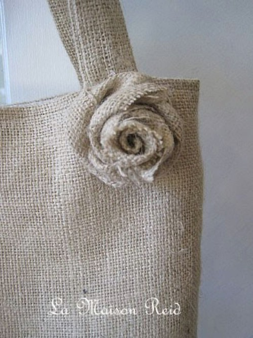 Cool decorating ideas with burlap and lace my desired home Burlap bag decorating ideas